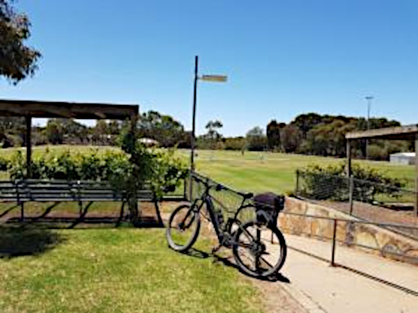 Lavender Cycling Trail (M2C) - Truro to Eden Valley - Moculta Oval
