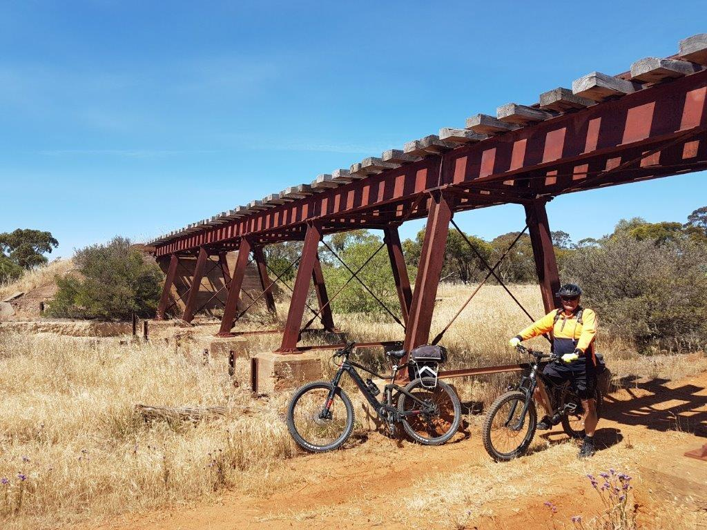 Lavender Cycling Trail (M2C) - Mount Pleasant to Murray Bridge - railway bridge Monarto